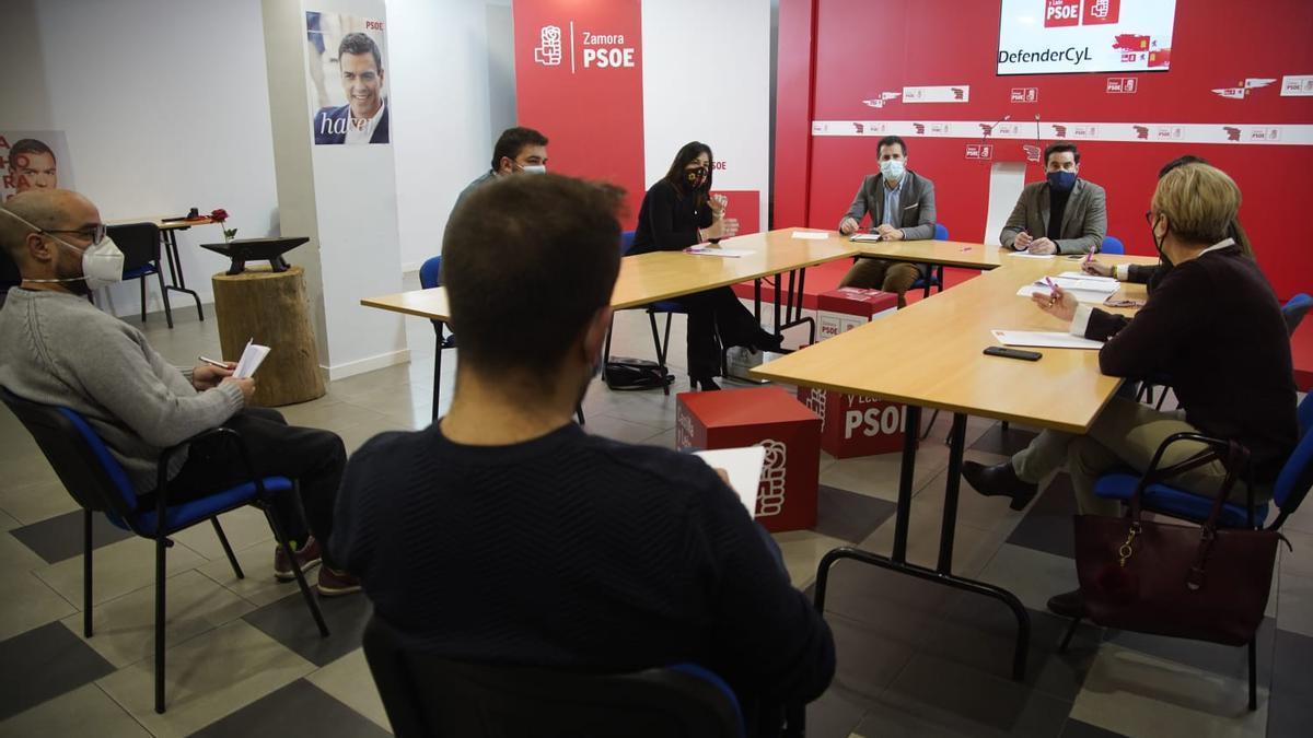 Luis Tudanca reunido con el PSOE de Zamora.