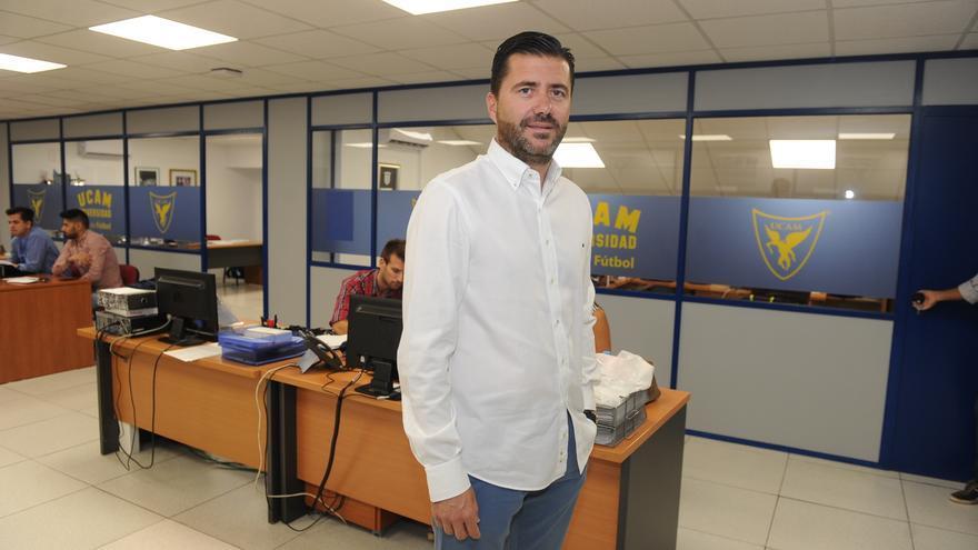 Pedro Reverte renueva dos años más con el UCAM Murcia