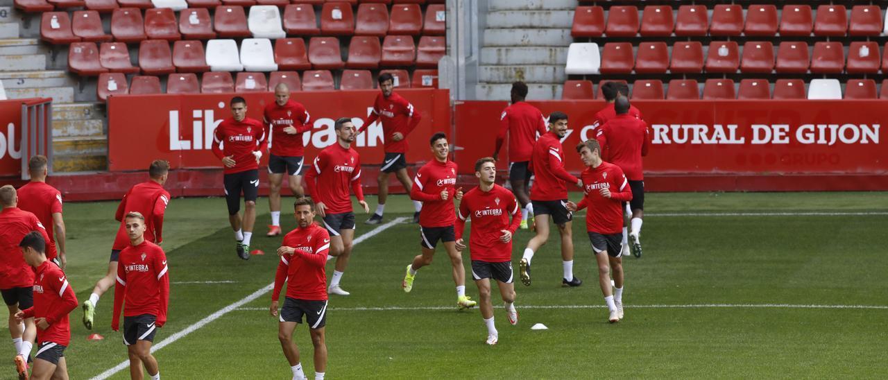 """Aitor, ante la visita del Valladolid: """"Es un rival muy complicado, pero tenemos la carta de nuestra gente"""""""