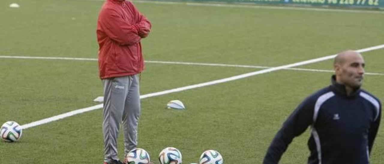 Sandroni se juega su futuro al frente del Olímpic esta tarde ante el Huracán
