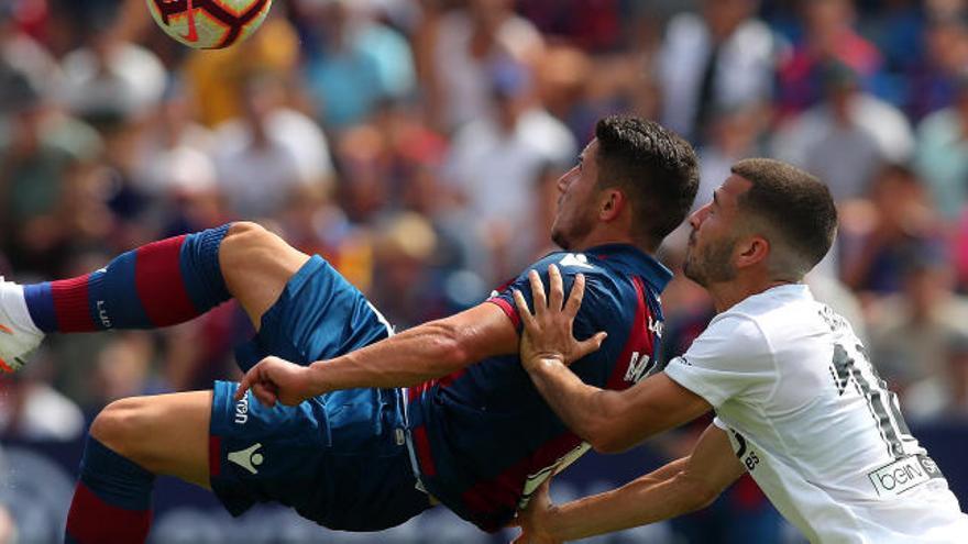 El vestuario del Valencia CF tiene muchas ganas de Derbi