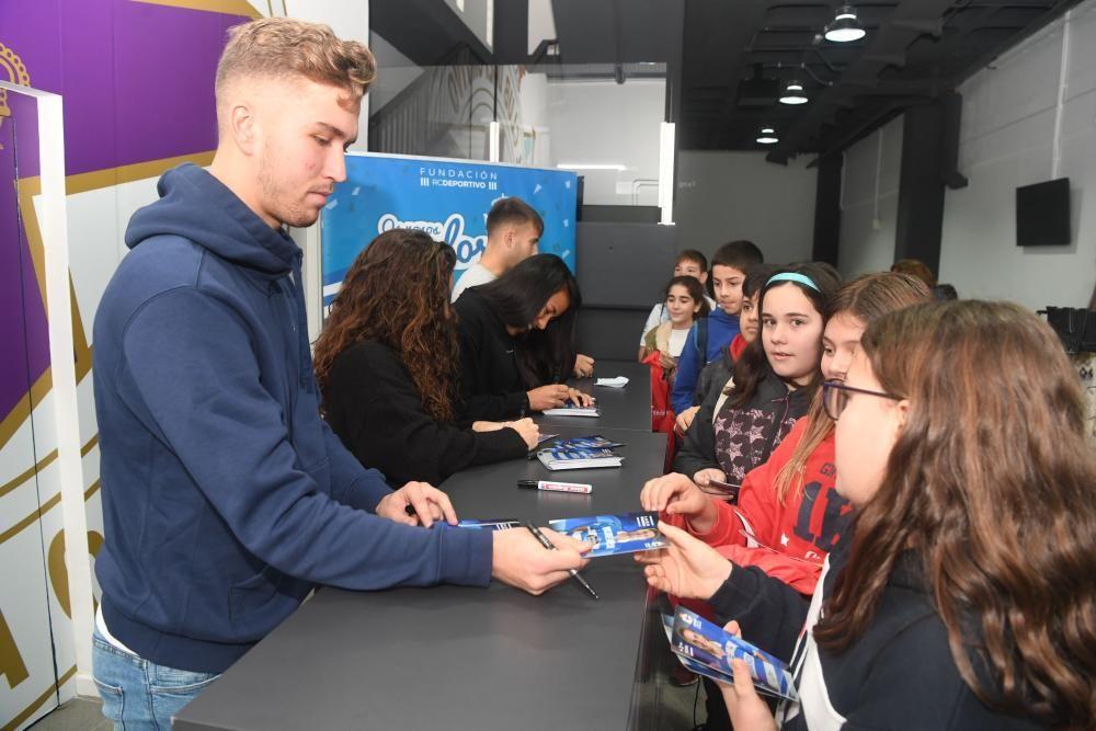 Cerca de medio centenar de alumnos fueron invitados a disfrutar de la experiencia blanquiazul y a conocer las entrañas del deportivismo.