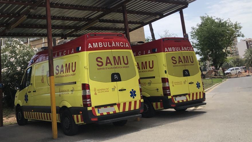 Cuatro heridos, tres de ellos grave, al romperse una barandilla en Dénia