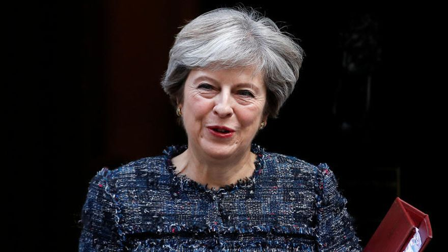 Theresa May reúne a un comité de emergencia
