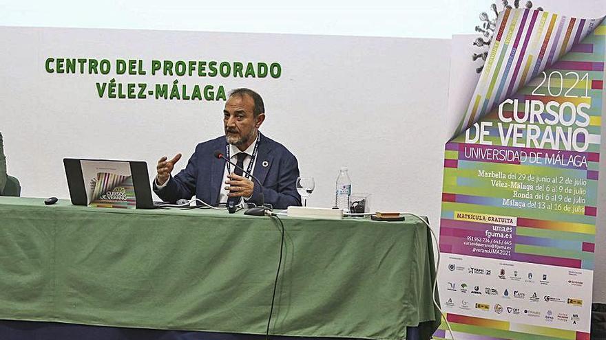 «España necesita 290.000 profesionales del sector de cuidados hasta 2040»