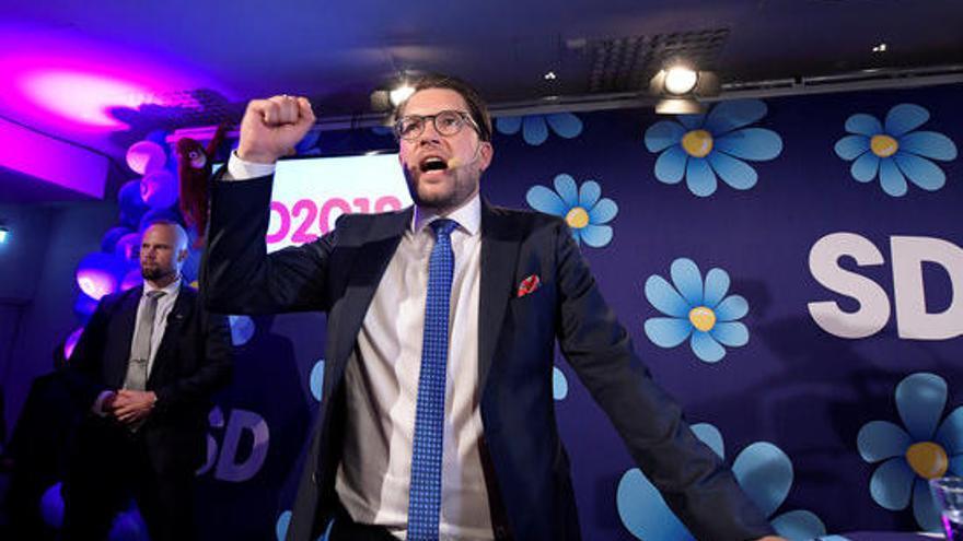 La dreta i l'esquerra a Suècia abocades al consens per frenar la ultradreta