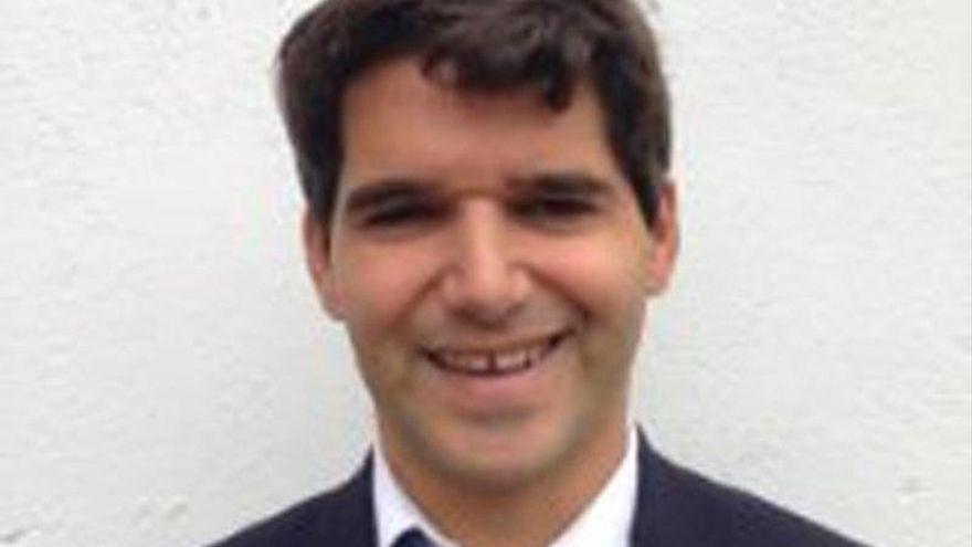 Ávila rinde homenaje a Ignacio Echeverría, el héroe del monopatín