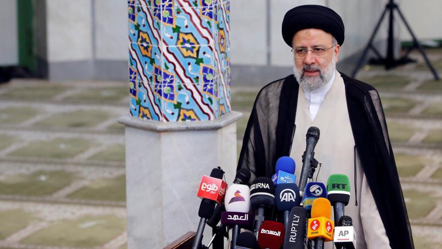 El clérigo Ebrahim Raisí gana las elecciones en Irán