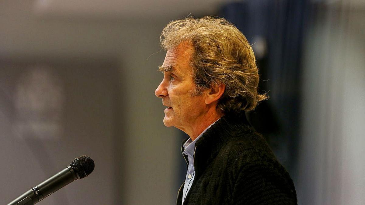 Fernando Simón, durante su comparecencia ante los medios de comunicación, ayer. |   // EUROPA PRESS
