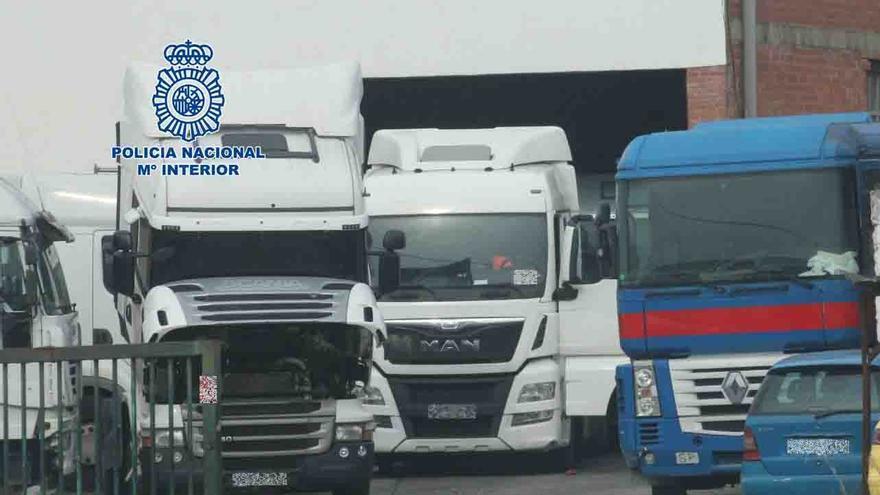 Detenido un empresario por no devolver 14 camiones que le habían alquilado