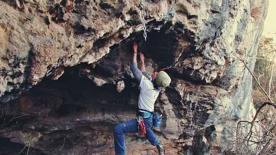 Onís tendrá una escuela de escalada, la primera que un Ayuntamiento financia íntegramente