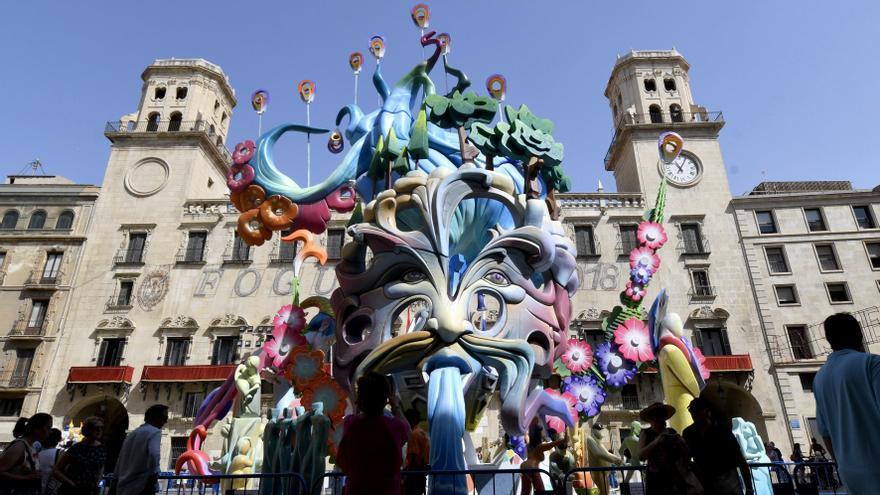 Alicante ya elabora su programa de festejos de les Fogueres 2021