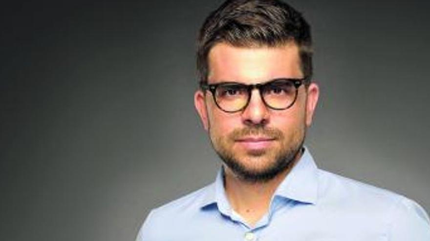 """José Ignacio Carnero: """"La sociedad premia al hombre que esconde su debilidad"""""""