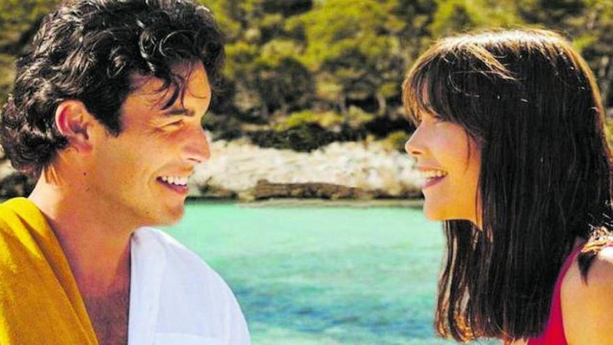 Mario Casas y Mireia Oriol, amor de verano