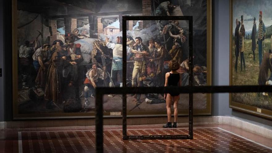 Danza entre obras de arte