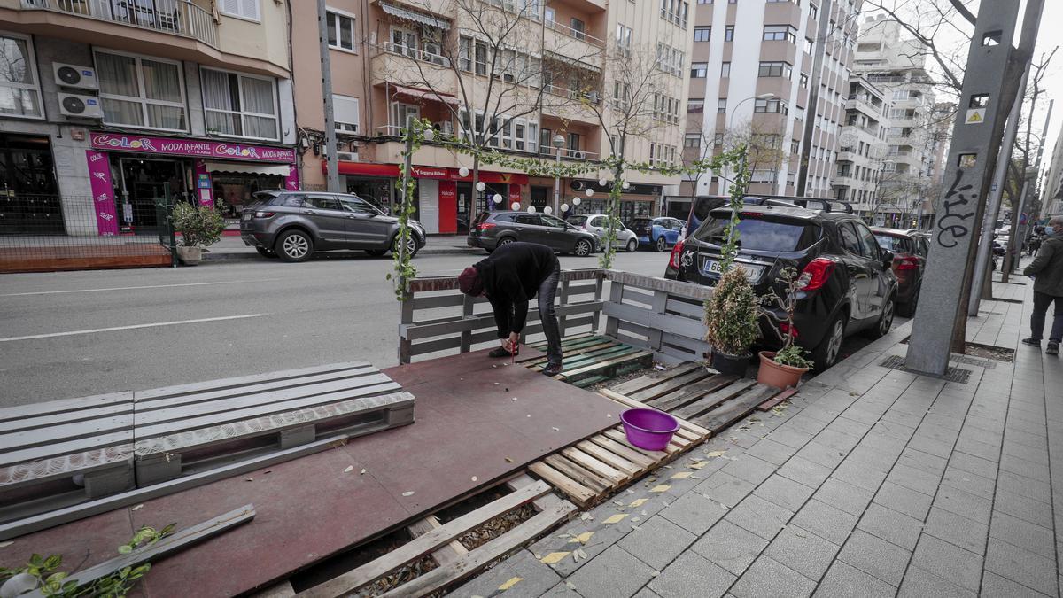 Desmontando una terraza con tarima