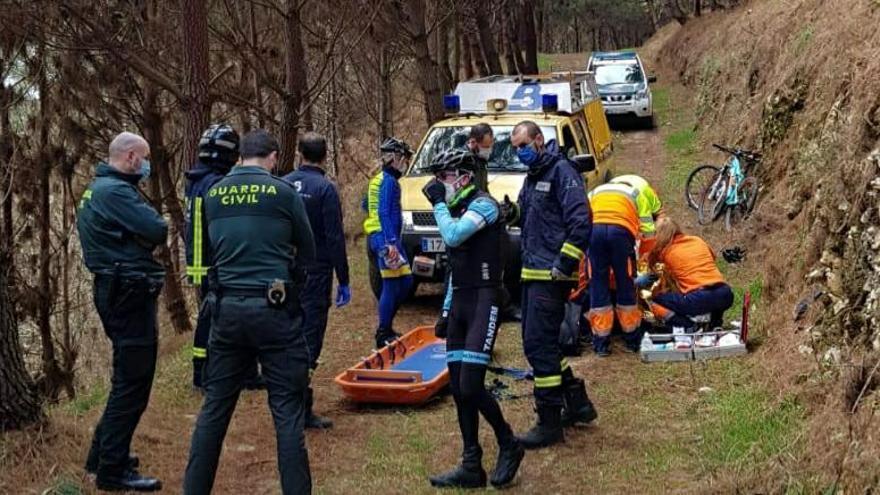 Un ciclista, herido tras sufrir un accidente en Llanes