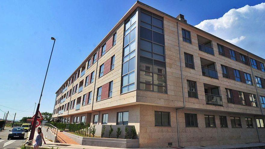 La Sareb rebajará el precio de parte de sus 170 propiedades en O Salnés