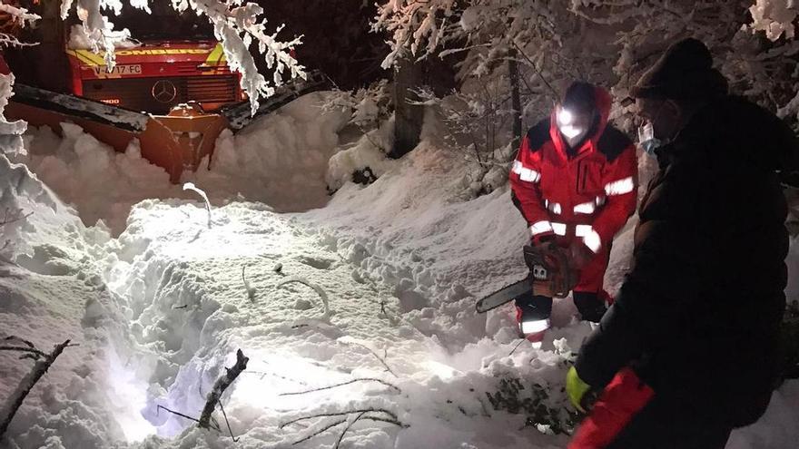 Operativo de los bomberos en Vistabella