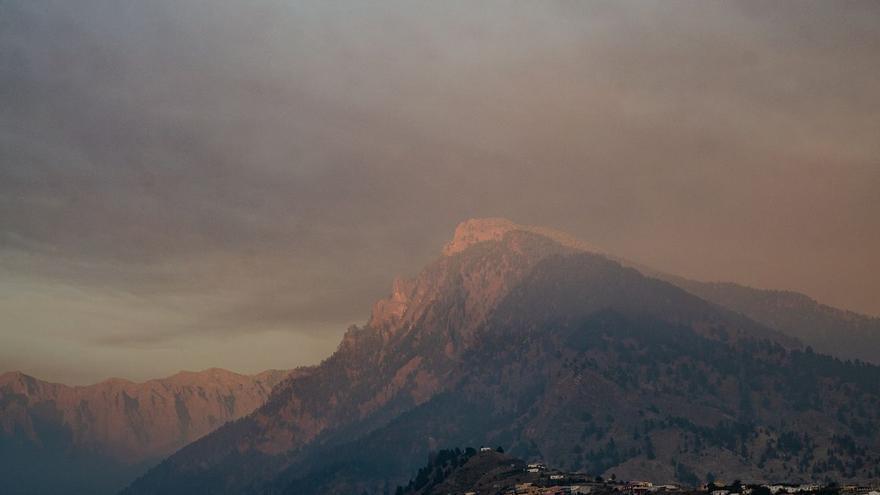 El volcán ya ha arrasado 811 hectáreas y destruido casi dos mil edificaciones