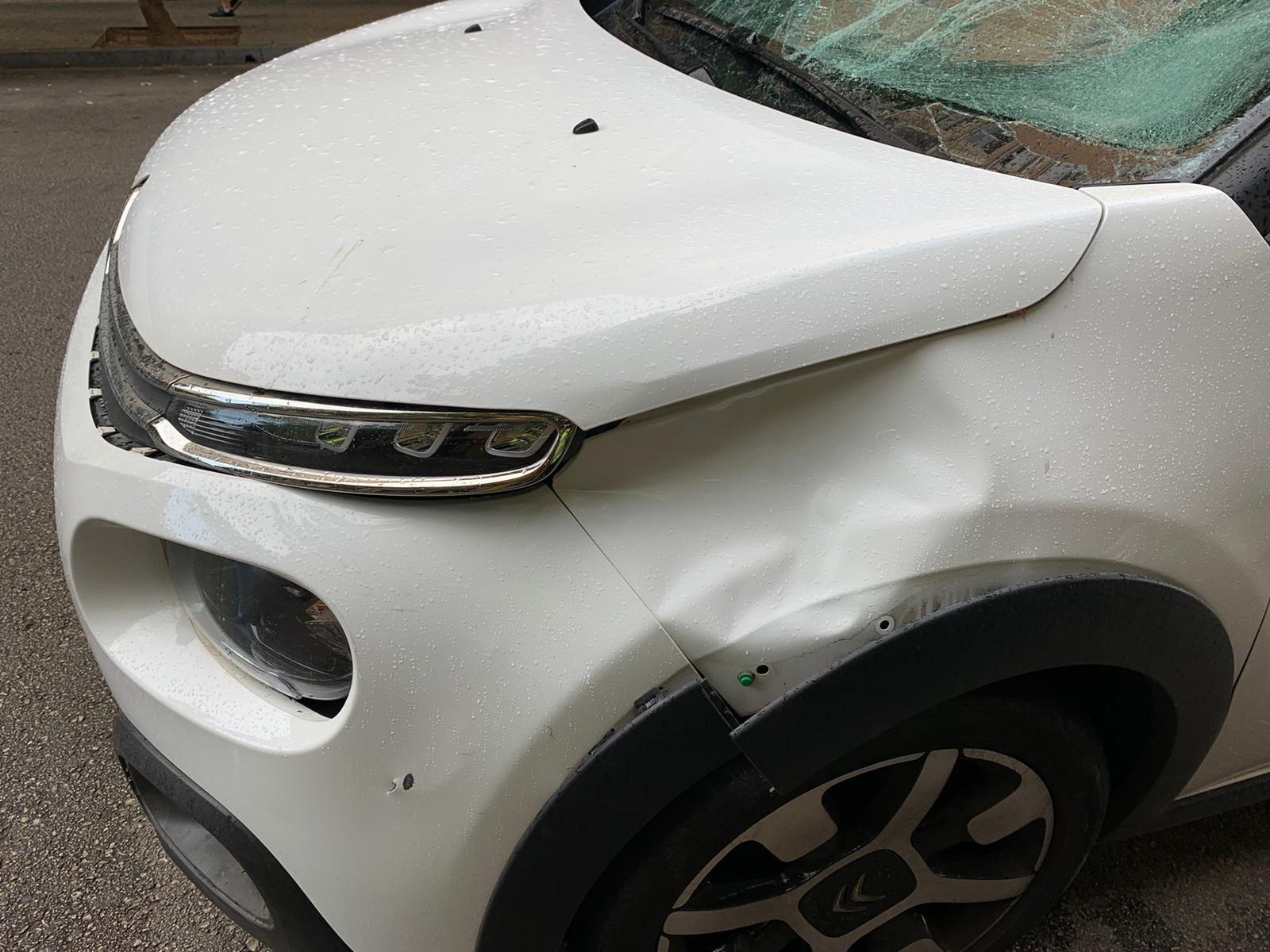 El conductor de un patinete, muy grave tras ser arrollado por un coche en Palma