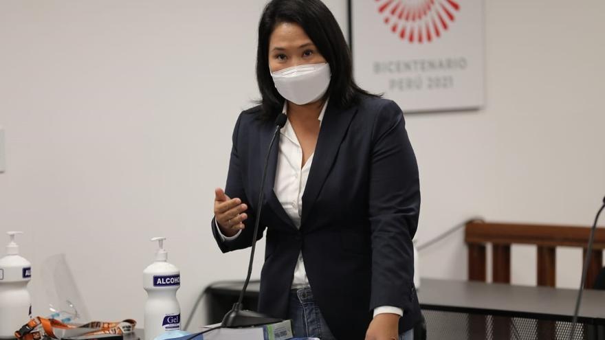 Fujimori evita la cárcel mientras sigue intentando anular votos en Perú