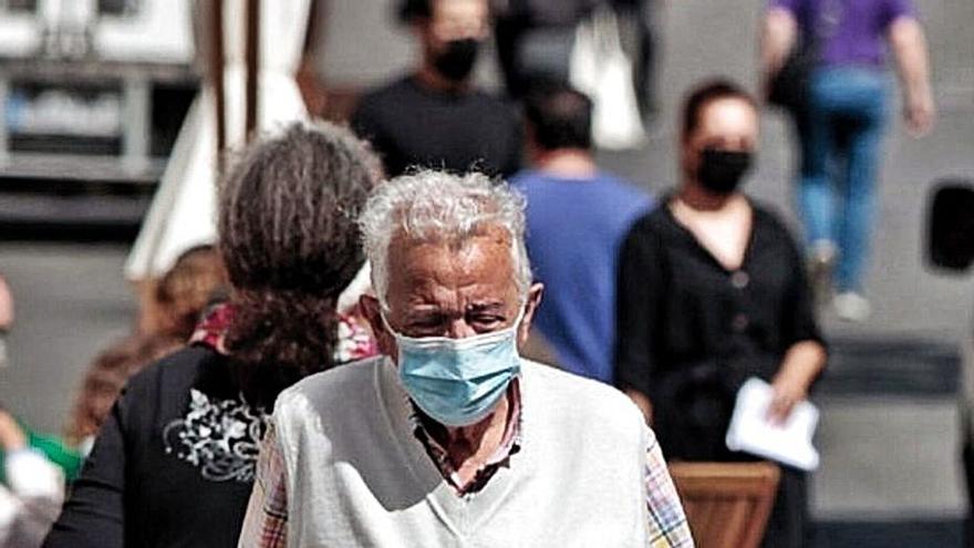 Canarias ya gasta en pensiones  450 millones más de lo que ingresa