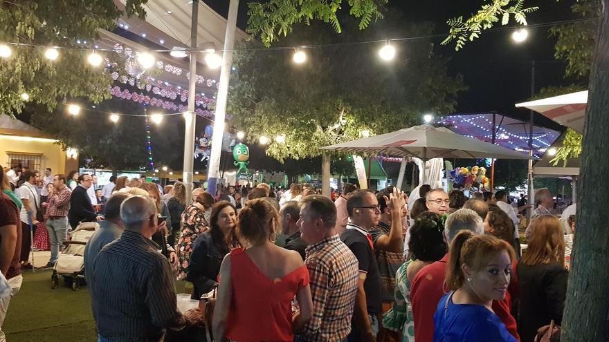 El Ayuntamiento de Lucena propone a los caseteros instalar terrazas de verano en la Feria Real del Valle