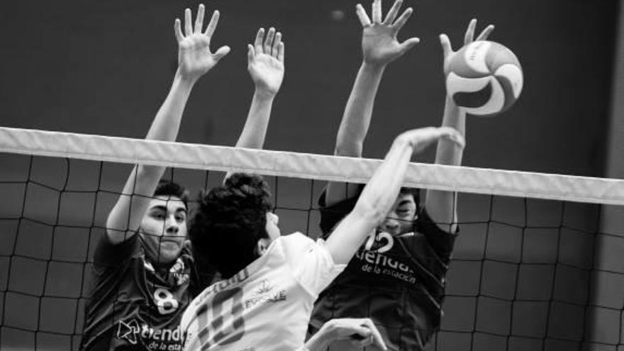 El Ysabel Mora Xàtiva Voleibol gana al Ainu Molina Voley  y se sitúa todavía más líder