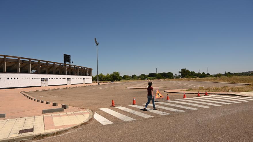 Comienzan las obras para reordenar los accesos al estadio Nuevo Vivero