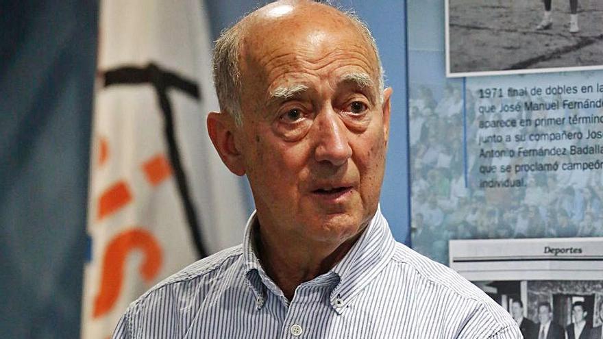 García López presenta nueva obra sobre la Marina Mercante asturiana