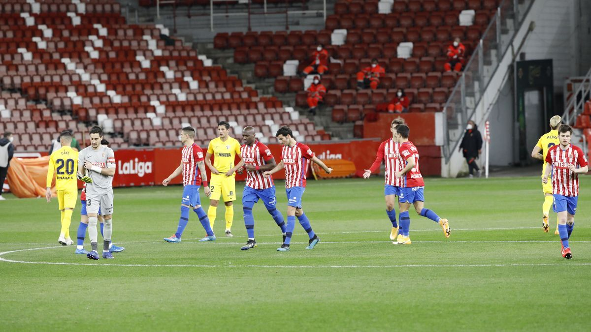 El partido entre el Sporting y el Málaga, en imágenes