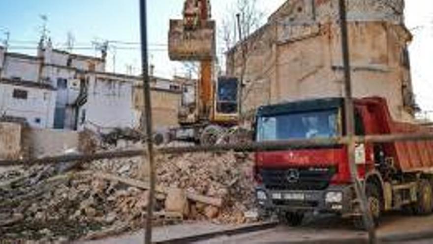 El Ayuntamiento de Alcoi impulsa la demolición de seis casas para evitar nuevos derrumbes tras el temporal