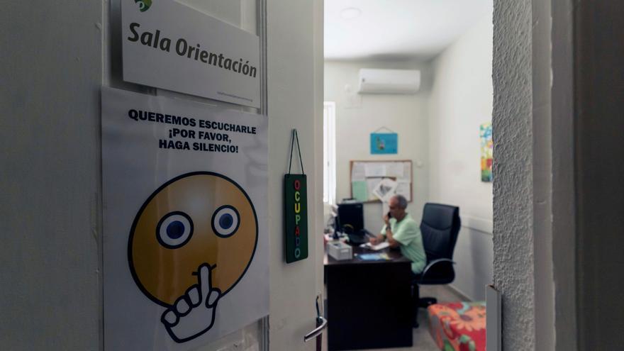 El Teléfono de la Esperanza de Zamora realiza una campaña para prevenir en suicidio