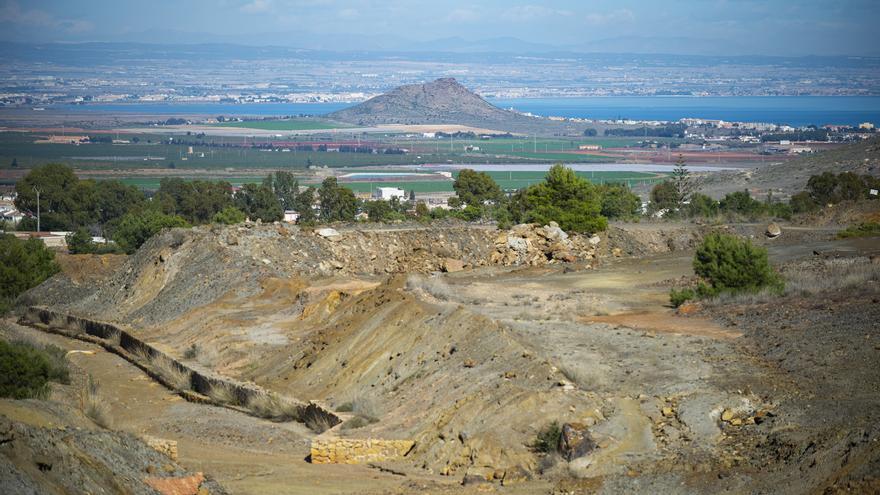 El comité de suelos afectados por la minería prioriza el Mar Menor