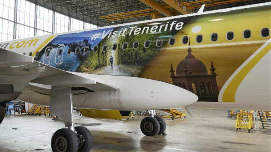 Vueling lleva la imagen de Tenerife por las principales rutas de su red europea