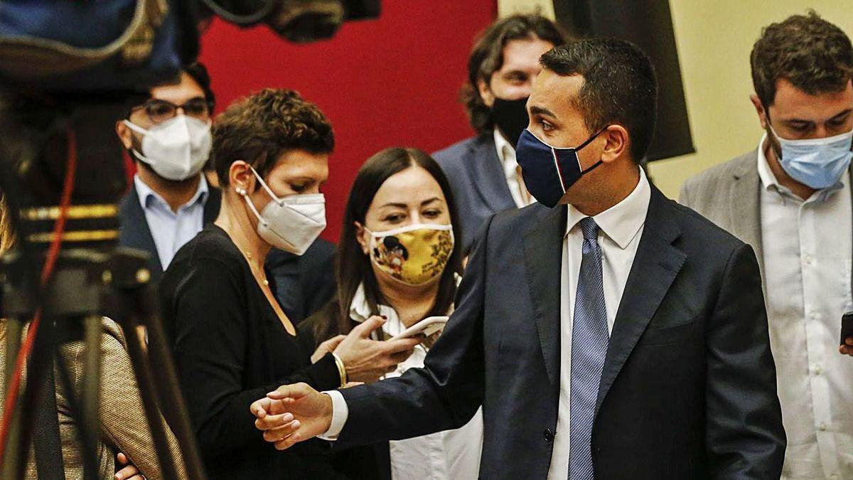 El líder del M5S, Luigi di Maio, comparece para valorar los resultados.