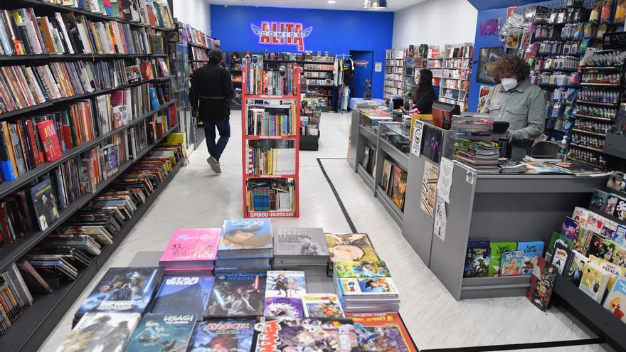 El 091 resuelve 13 asaltos a librerías cometidos en cinco meses