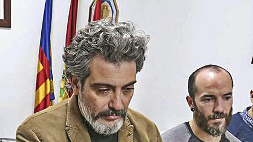 Investigan al exalcalde Fran Maciá por el pago a un abogado externo al consistorio
