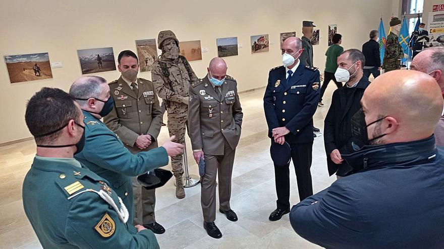 """""""Me siento orgulloso de ser español y de nuestro Ejército"""", proclama el alcalde de Siero"""