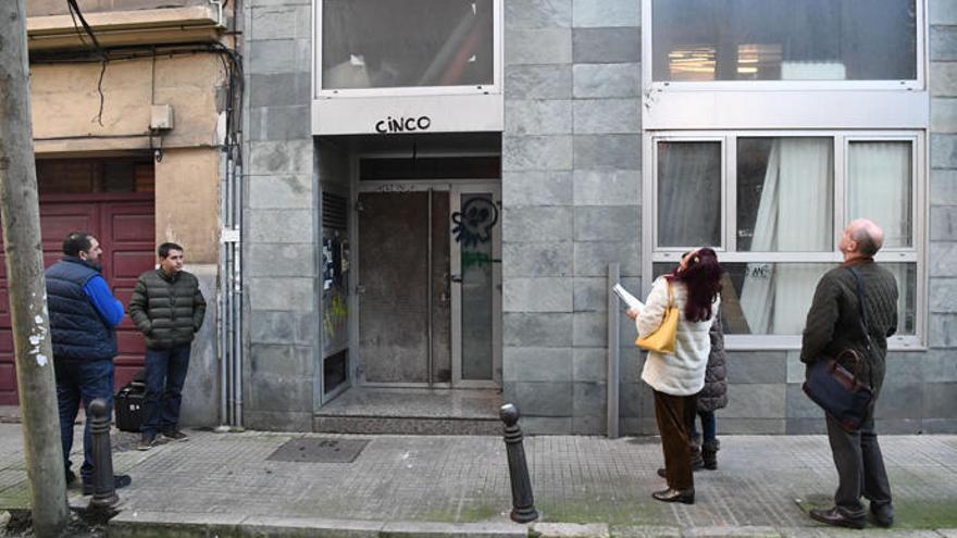 El juzgado suspende por segunda vez el desalojo del edificio okupado de la calle Paz