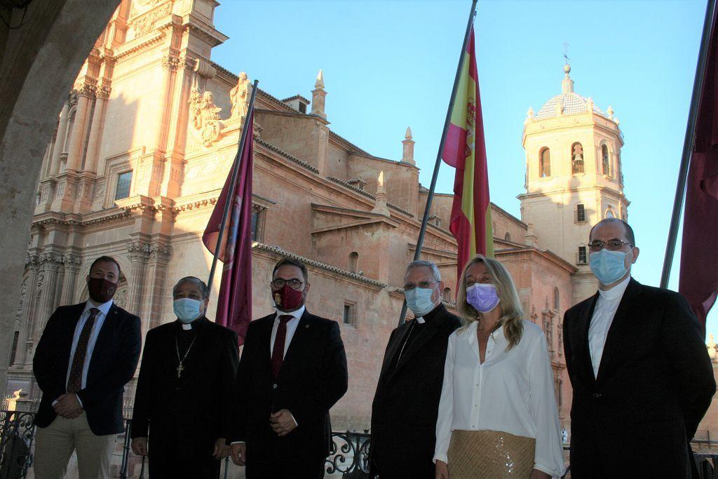 El nuncio del Papa Francisco se interesa por la reconstrucción de Lorca