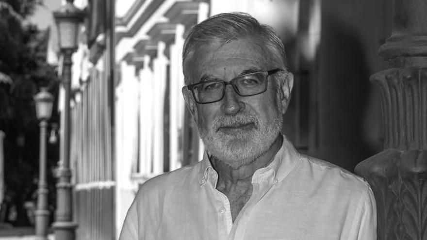 Joaquín Anastasio: «Los políticos pintan un país  feo y dividido que no es real»