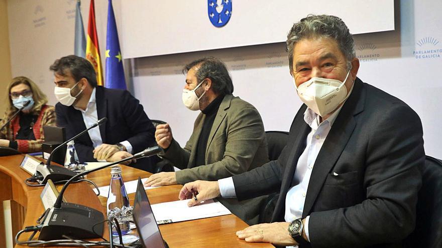 """Lores pide en el Parlamento """"un gran acuerdo de país"""" para la recuperación"""
