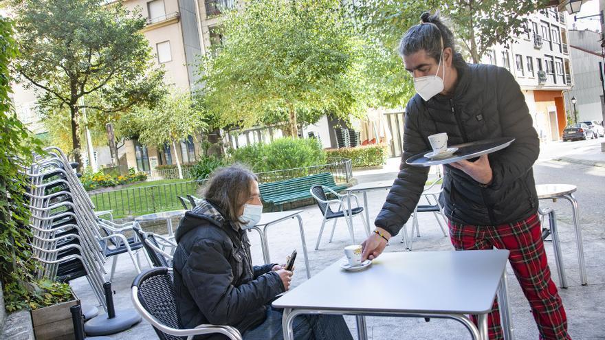 Carballiño podrá reabrir su hostelería y reunirse en grupos de un máximo de 6 personas