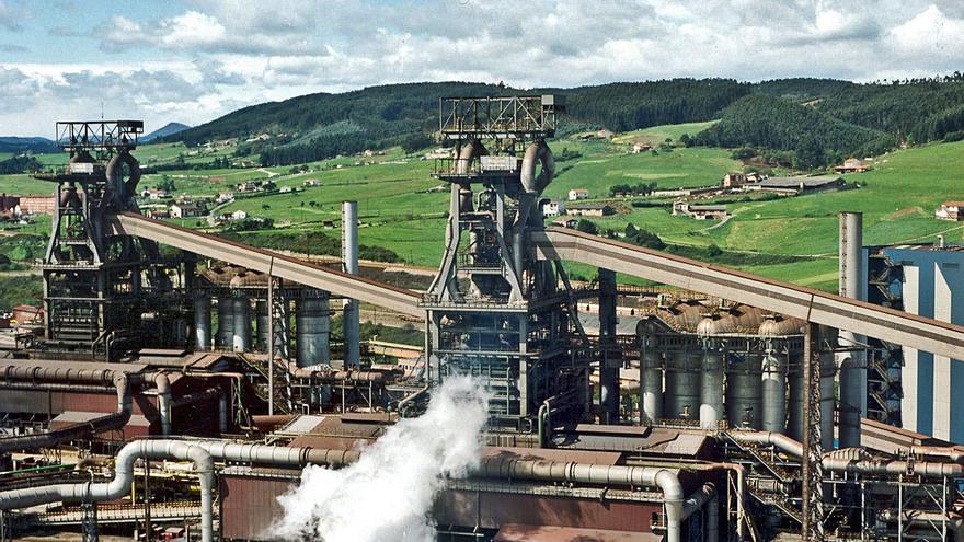 """El Gobierno central """"asume"""" llegar al tope en la ayuda al CO2 como piden Barbón y FADE"""