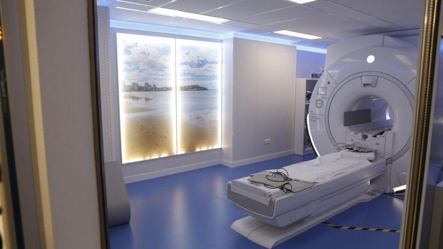 Cirugía robótica y terapias de vanguardia para el cáncer, retos prioritarios del HUCA