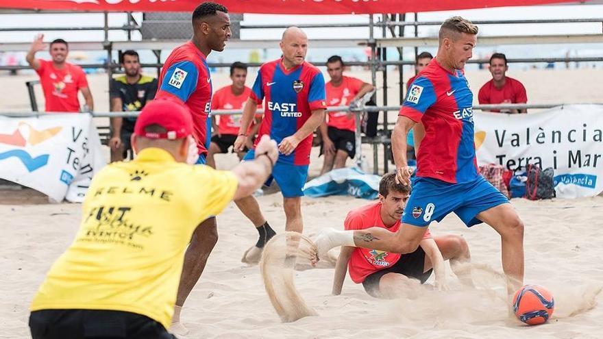 El Campeonato de España de Fútbol Playa aterriza en Alicante