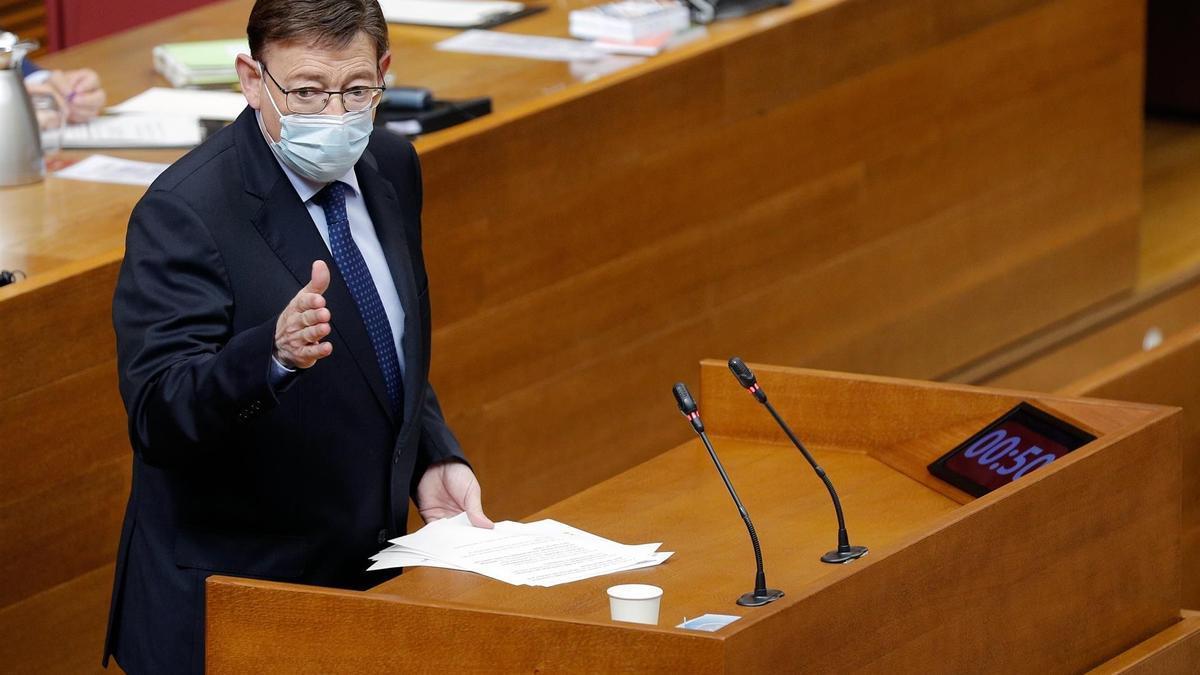 El president de la Generalitat, Ximo Puig, interviene durante la sesión de control en Les Corts.
