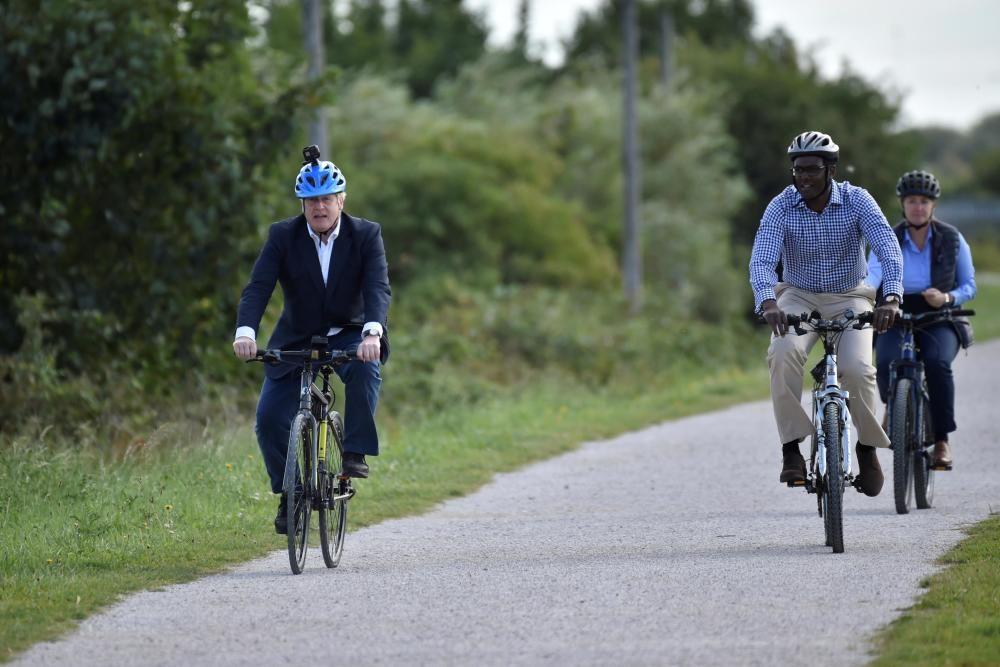 HEALTH-CORONAVIRUS/BRITAIN-CYCLING